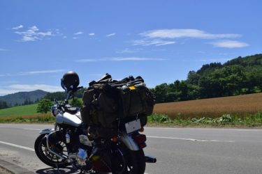 【ゆるキャン△】バイクでスマホナビを使う時に役立つアイテムを志摩リンに教えたい
