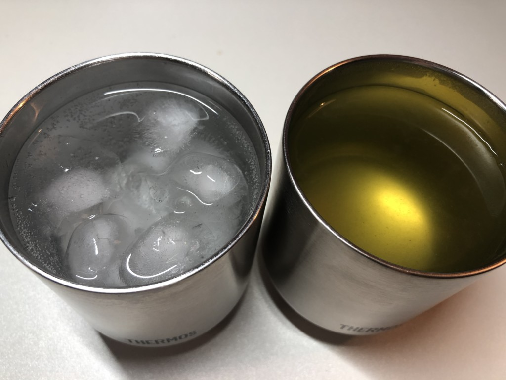 サーモス 真空断熱カップ
